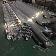 广东门头铝方通厂家产品做货实拍