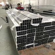 氟碳铝方通产品上喷涂线