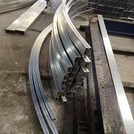 型材铝方通吊顶坯料做拉弯处理