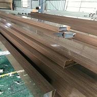 大号铝合金方管产品做热转印木纹